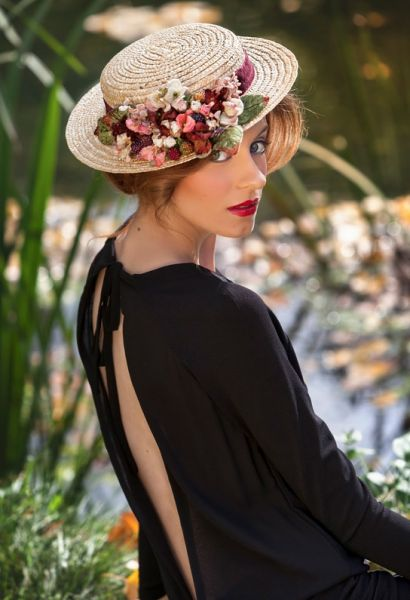 Canotier: el complemento ideal para invitadas de boda Image: 13
