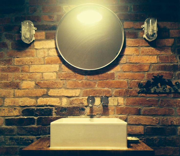 Łazienka#umywalka#lustro#