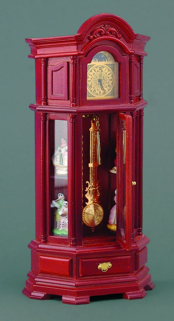 Working Grandfather Clock. This is my clock but mines mahogany, bought in Germany