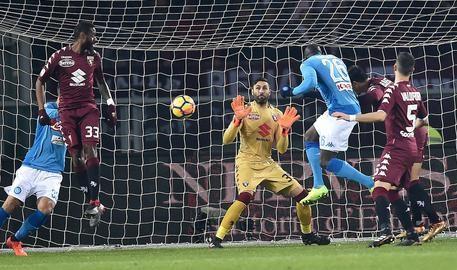 Il Napoli sbanca l'Olimpico di Torino battendo 3-1 i granata - NAPOLI 2017/2018