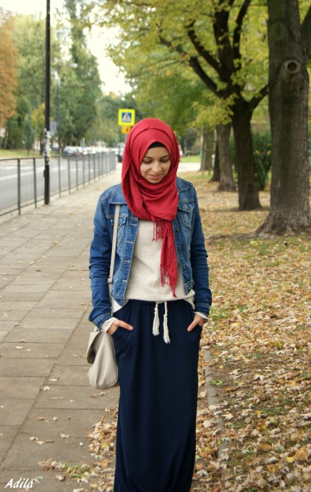 I've seen and probably pinned this #Hijabi and her #style a.  Few times already , but I just love how casually beautiful it is!