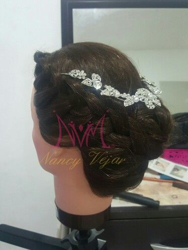 Bridal Hair by Nancy Véjar