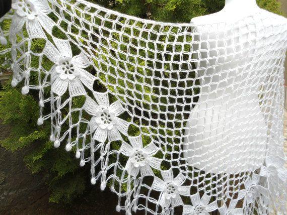 crochet flower shawl, fashion,unique gift, valentine,  winter trends, fashion, 2014, wrap flowers, autumn, wedding, White, bride