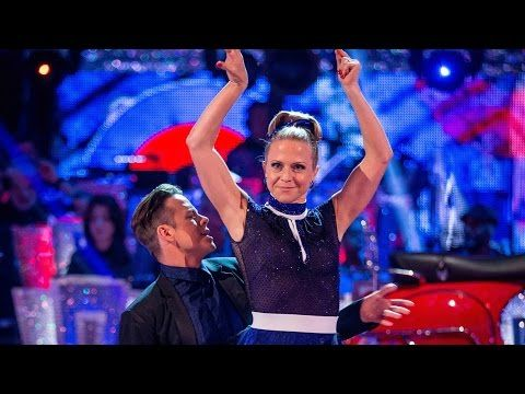 Kellie Bright & Kevin Clifton Tango to 'You Really Got Me' - Strictly Come Dancing: 2015 - BBC One - Week 1