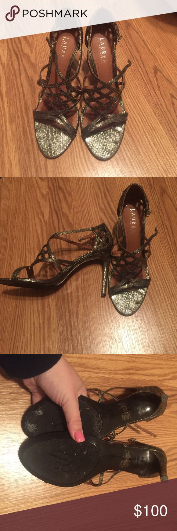 Lauren Ralph Lauren Shoes 7.5 worn once ⚜️I love receiving offers through the offer button!⚜️ Good condition, as seen in pictures! Fast same or next day shipping!📨 Open to offers but I don't negotiate in the comments so please use the offer button😊 Lauren Ralph Lauren Shoes Heels