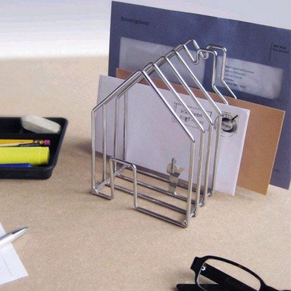 WireHouse by Invotis Orange http://thegadgetflow.com/portfolio/wirehouse-by-invotis-orange/?utm_content=buffer32e1d&utm_medium=pinterest&utm_source=pinterest.com&utm_campaign=buffer Perfect for storing your magazines! #magazinerack #storage