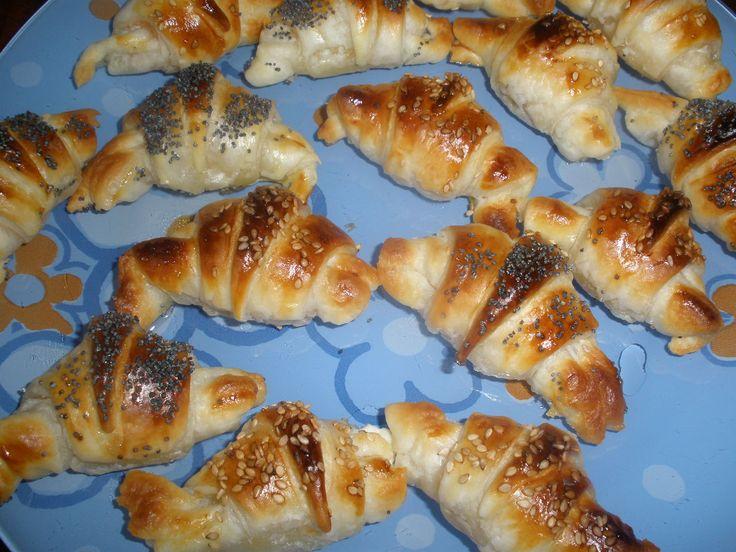 Croissant con robiola e salmone