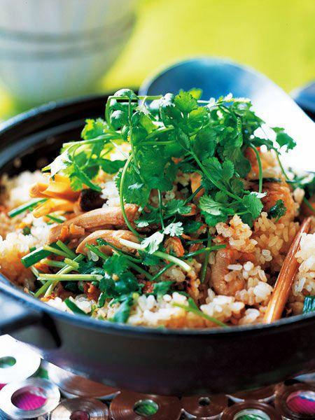 【ELLE a table】鶏とレモングラスの土鍋ごはんレシピ エル・オンライン