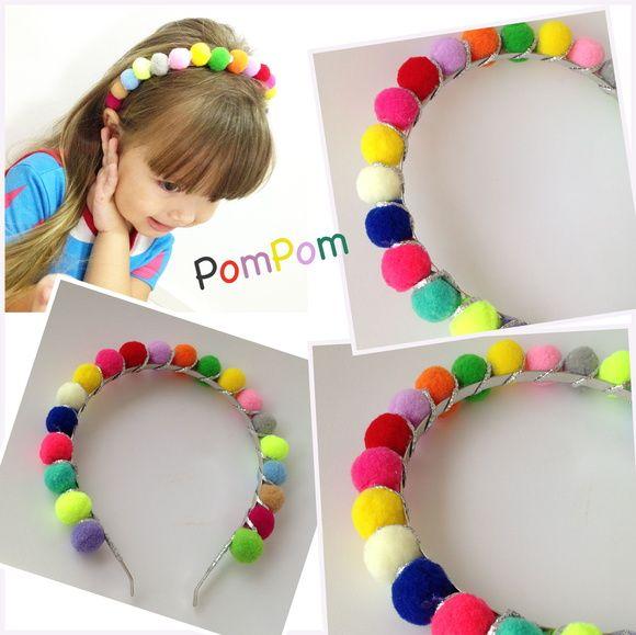 Cute Tiara Pompom colorido