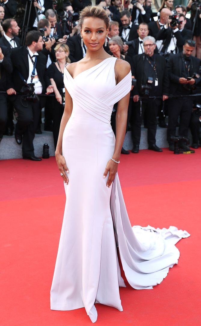 Best Dressed Stars on Cannes Red Carpet 2017
