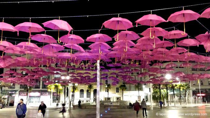 Pau dresses in pink :) Place Clémenceau, 64000 (Aquitaine) Pau France.