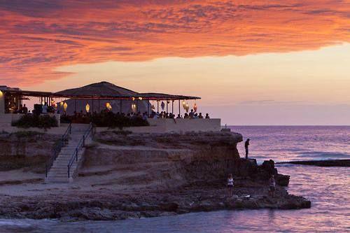 Sunset Ashram Ibiza-Spain http://www.nomad-chic.com