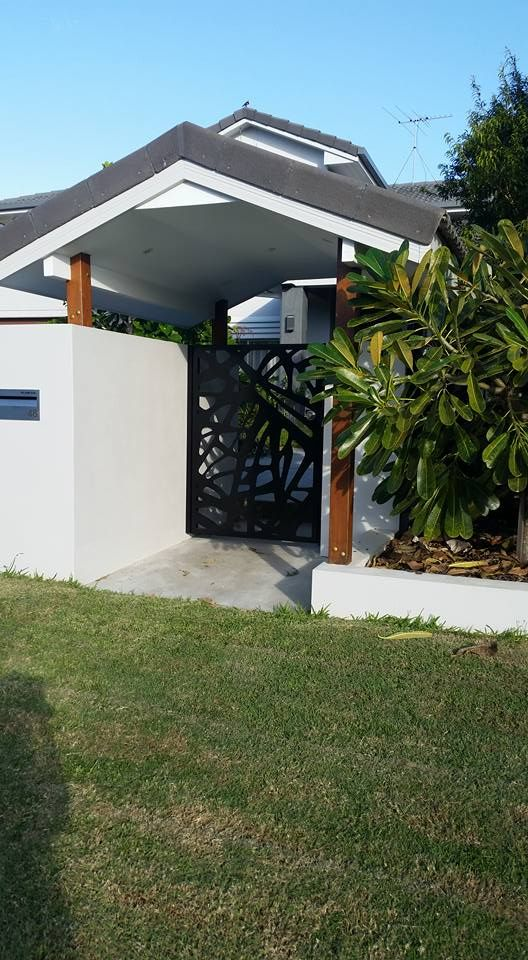 Pedestrian Gate : Private Residence / Brisbane Urban Metal Design : Branches Material : Powder Coated Aluminium