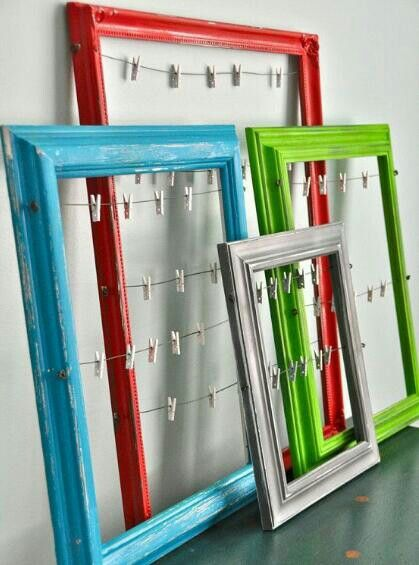 Such a cute idea! Using old frames. You can peg on photos, notes, post its...