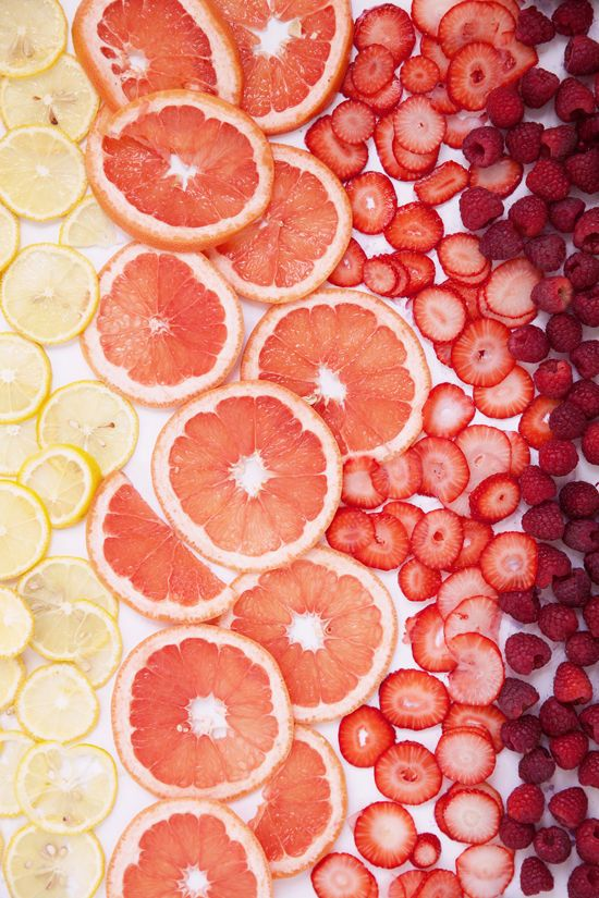 fruit ice cubes (lemon / grapefruit / strawberry / raspberry) by DesignLoveFest.com 2014-05