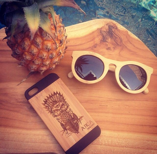 Summer love. New Owl iPhone cases made from Eco friendly Bamboo and available for iPhone 5 and 6.