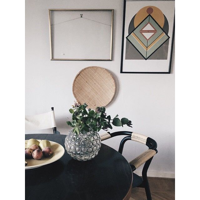 Modern and classic all at once! Knot chair in the home of @perfectionmakesmeyawn