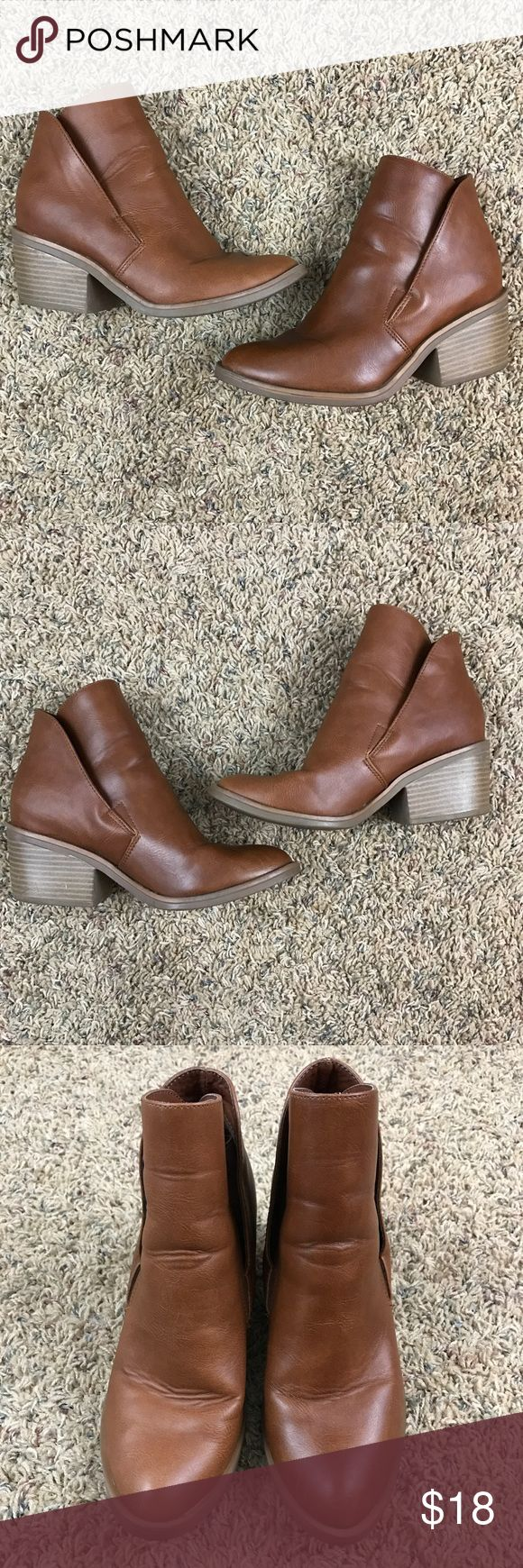 "Apt. 9 Cognac Ankle Booties Excellent condition. Very stylish cow boy boot style. Boot has elastic inside so they are easy to slip on. Just short of 2.5"" heel. Beautiful boot for upcoming fall! Women's 6.5. ❤️ accepting offers and bundle discounts ❤️ Apt. 9 Shoes Ankle Boots & Booties"