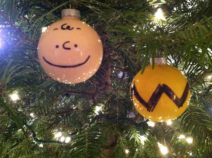 Charlie Brown ornament idea. So simple, total genius.