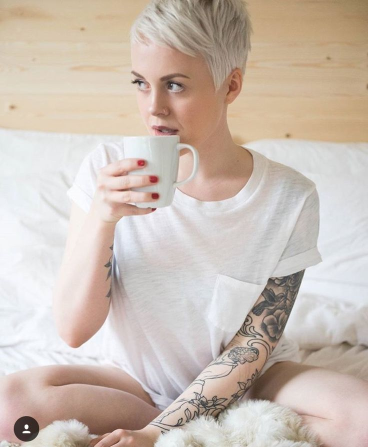 @sarahb.h on instagram  Perfect platinum pixie