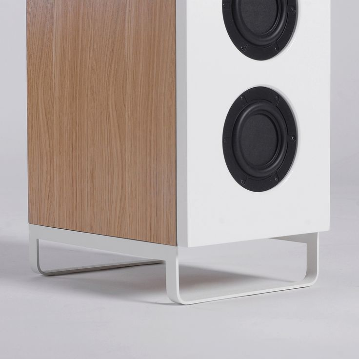SQ8 floor speakers by ODESD2. Designer: Mike Mironenko.
