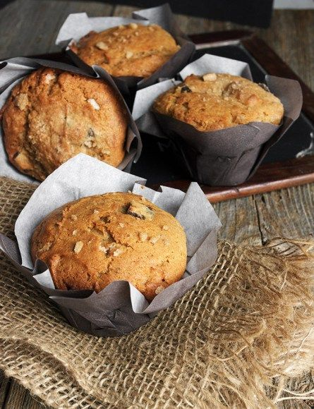 Chunky Monkey Muffins - banana, peanut butter and lots of chocolate chunks!