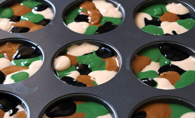 Camo cupcakes! Can't wait to make these for Tristan!