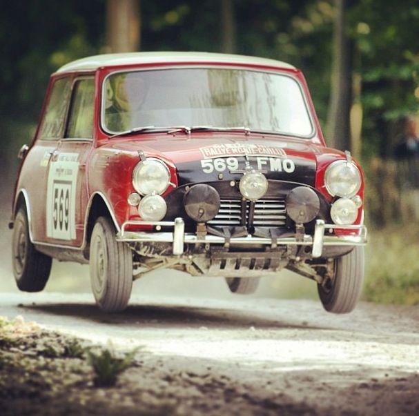 Mini rallye | WRC Rally School @ http://www.globalracingschools.com