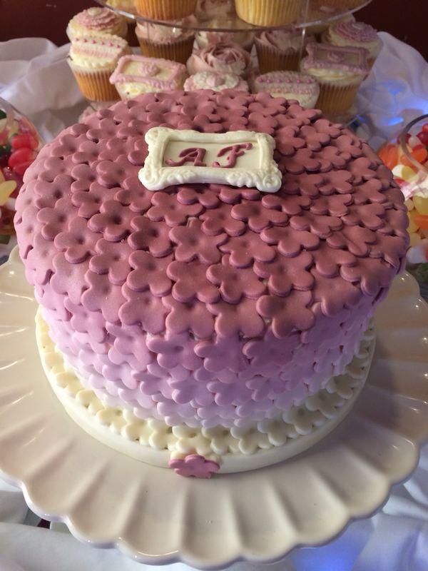 Wedding flower ombré cake