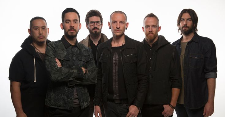 After just three shows, Linkin Park have been forced to cancel all remaining dates of The Hunting Party Tour in America, due to Chester Bennington breaking his ankle. Get well soon Chester, so sorry for all US fans :(