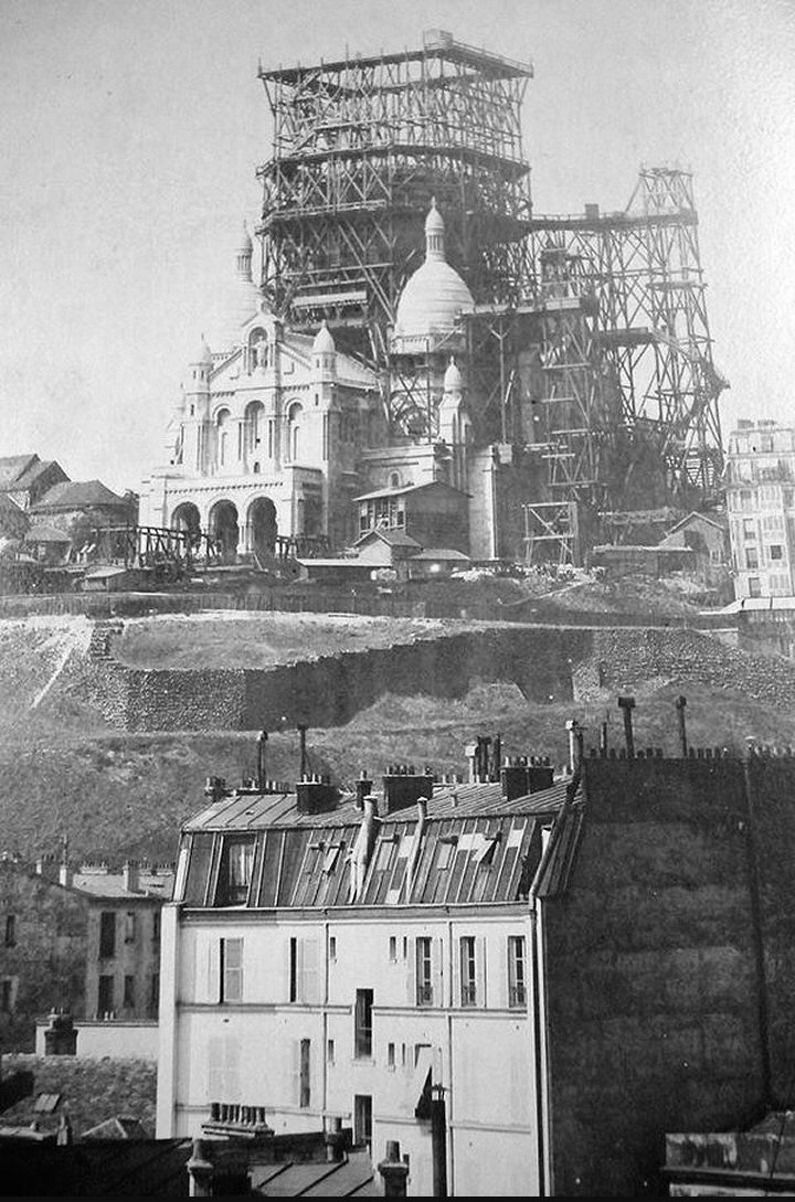Le Sacré-Coeur de Montmartre en construction, vers 1895  (Paris 18ème)
