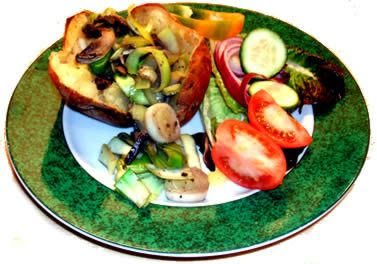 Jacket potato with mushroom and leek food combining recipe suitable for the Hay Diet - carbohydrate