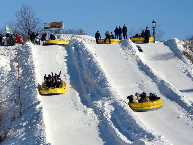 Google Image Result for http://suburbanmen.com/wp-content/uploads/2012/01/Quebec-Winter-Carnival.jpeg