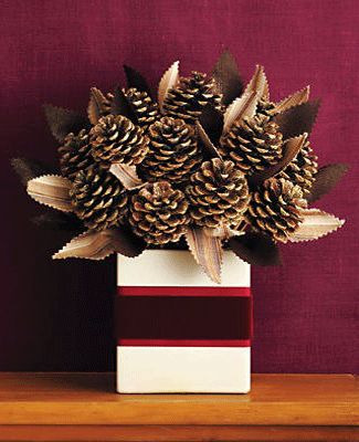 christmas-gifts-presents-ideas-decorations-pine-cones