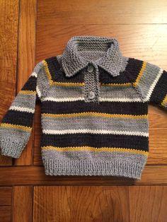 Sweater tejido, 4 meses, lana Plymouth , worsted merino superwash, palillos N 4. Raglán, empezado por arriba con 50 ptos.