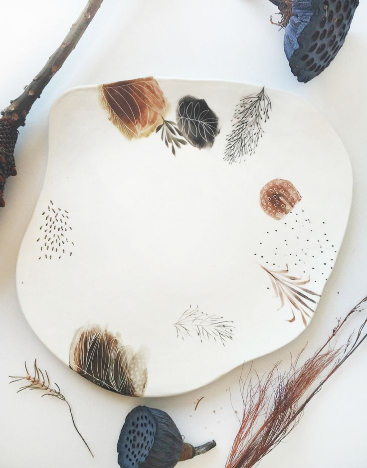 This is the story of the potter and the painter : ceramicist Tracy Dickason, and artist Tiel Seivl-Keevers. Together, they've created a beautiful new collection of delicate handmade ceramics, called ttmade.