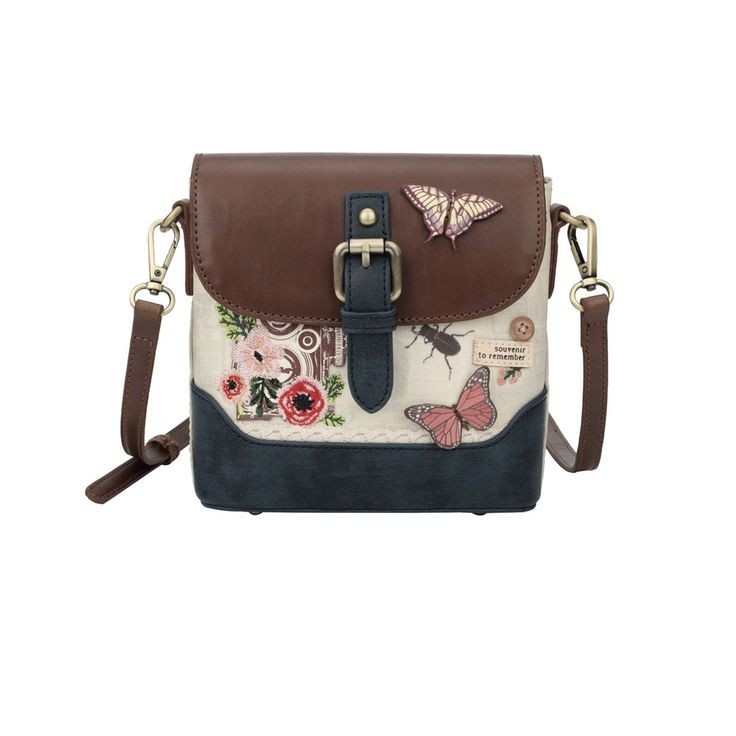 This small binocular crossbody bag is so cute you won't be able to resist! Adorned with the same details as its big sister, it is perfect for a phone and a coin purse as you explore the wild!