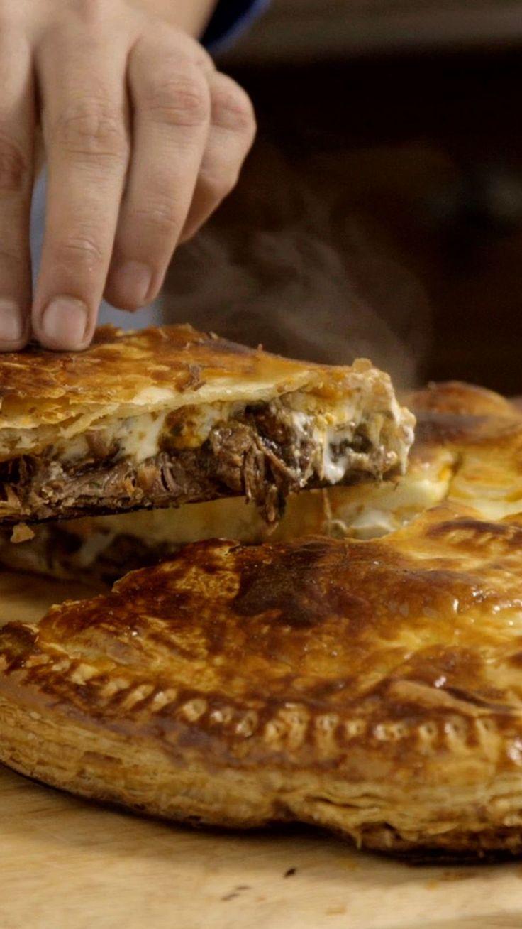 Esse pastelão de carne de panela é ideal para fazer em casa e dividir com a… Mais