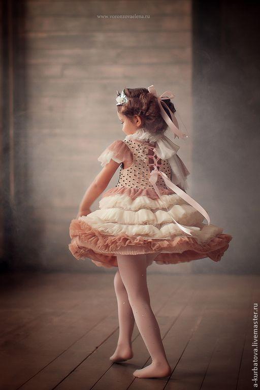 Детские танцевальные костюмы ручной работы. Платье для маленькой балерины.. Анастасия Курбатова (anastakurbatova). Интернет-магазин Ярмарка Мастеров. Однотонный