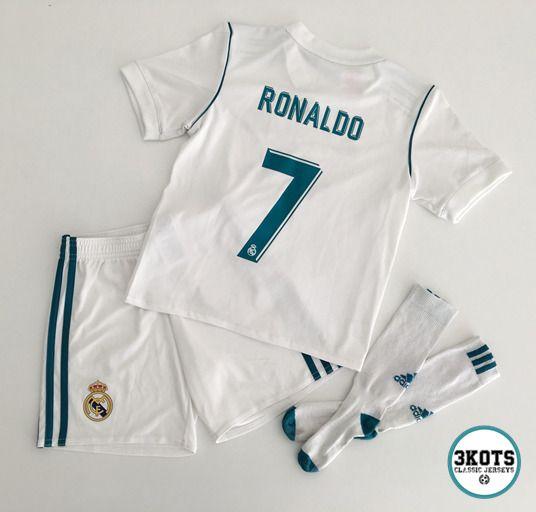 the best attitude 1fad9 49079 CRISTIANO RONALDO Real Madrid 2017/18 Home Football KIT 6Y ...