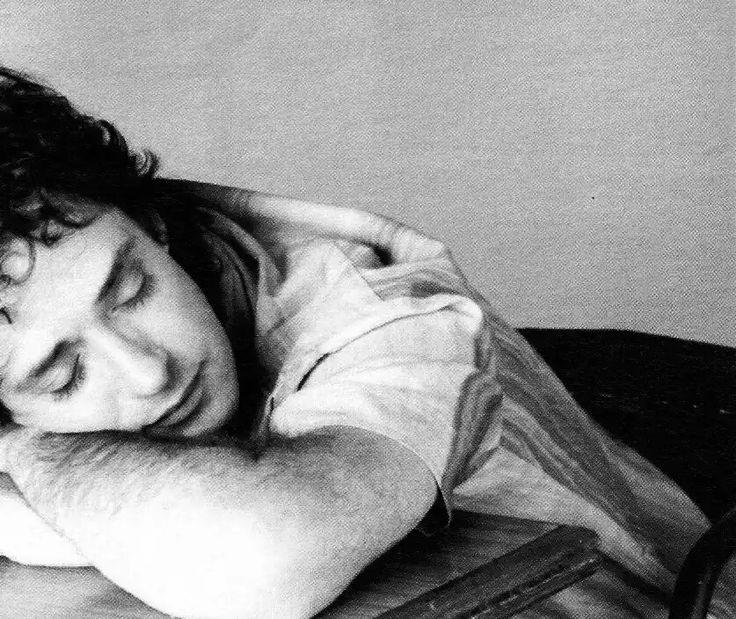 Que descansé en paz Gustavo Adrián Cerati - Me perdí en el viaje y nunca me sentí tan bien. Toda tu energía transmitidas en concierto y álbumes !!!!