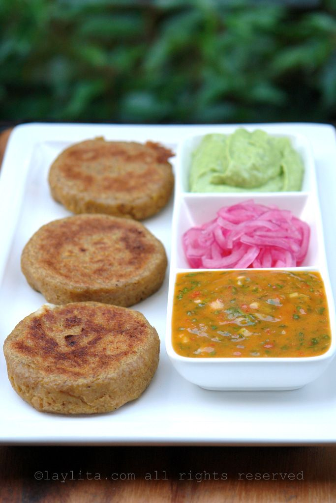 Green plantain patties stuffed with cheese - Laylita's Recipes