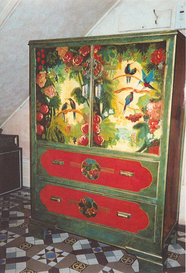 17 best images about hand painted furniture on pinterest - Hand painted furniture ideas ...