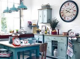 Картинки по запросу дизайн кухни в деревенском стиле фото