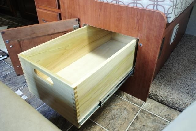 Dinette under-seat storage. - Thor Forums