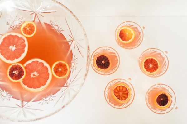 Boozy Winter Citrus Punch | theglitterguide.com