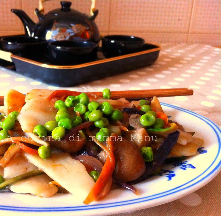Gnocchi di riso cinesi con funghi