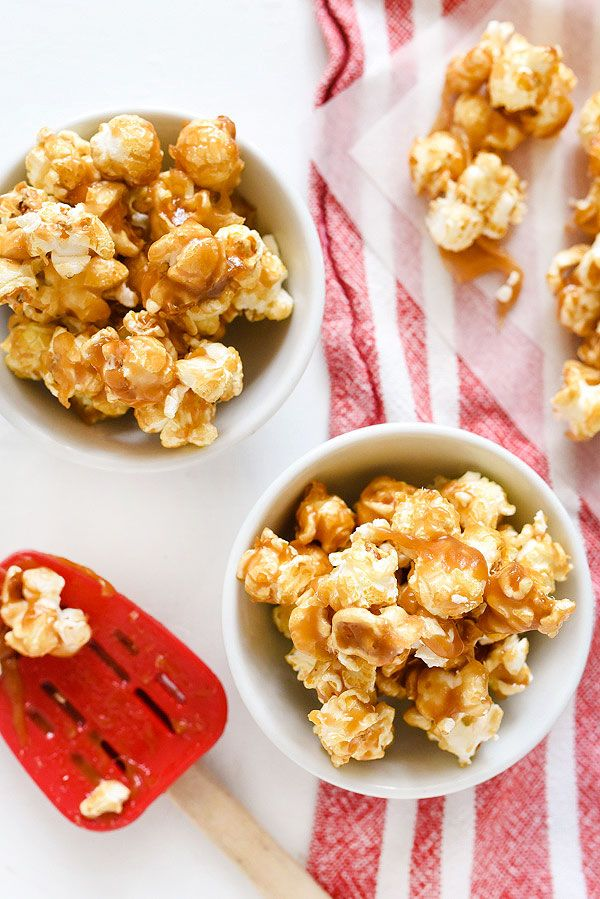 This chewy caramel corn couldn't be easier to make and is one of our favorite fall snacks | foodiecrush.com