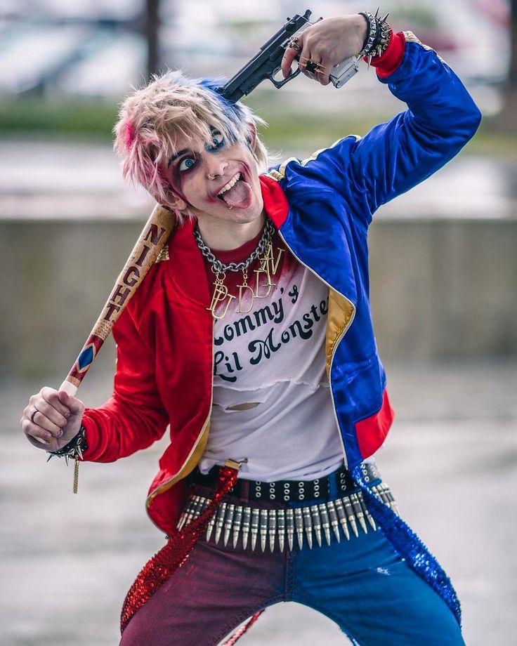 Por alguna razon me gusta el Harley Quinn hombre :v