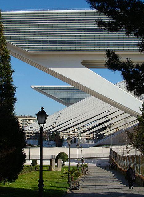 palacio de congressos princesa letizia, oviedo, espanha, arq. santiago calatrava, 2007 | Flickr - Photo Sharing!  -  Congressional Palace, Spain - Santiago Calatrava 2007